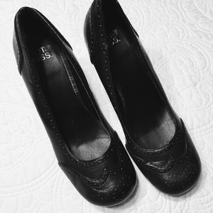 Hot Kiss Black Heeled Oxford Brogues Size 10